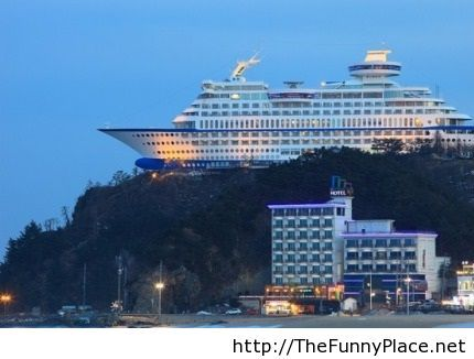 This hotel in South Korea was built to look like a cruise ship
