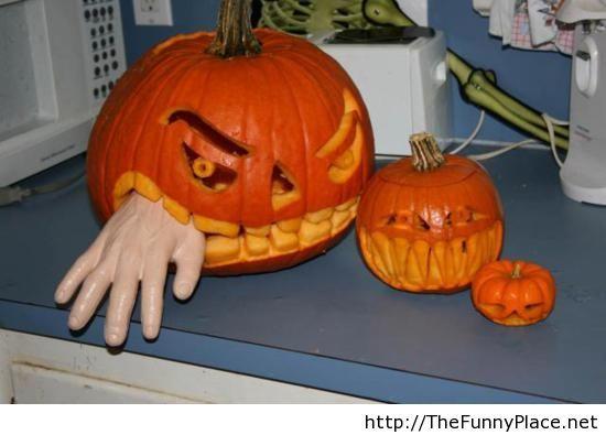 Dangerous pumpkins, so funny!