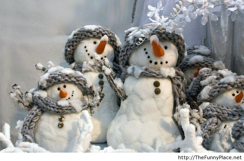 Funny winter snowman 2013 picture HD wallpaper