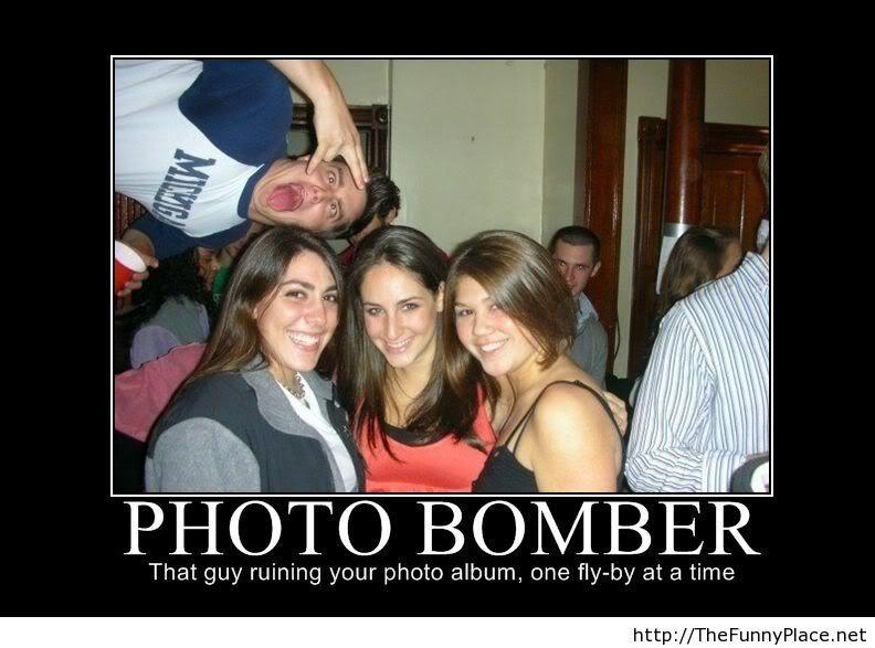 Photo bomber master