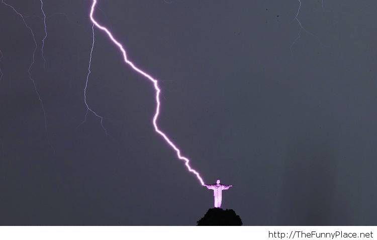 Rio de Janeiro's Christ the Redeemer struck by lightning