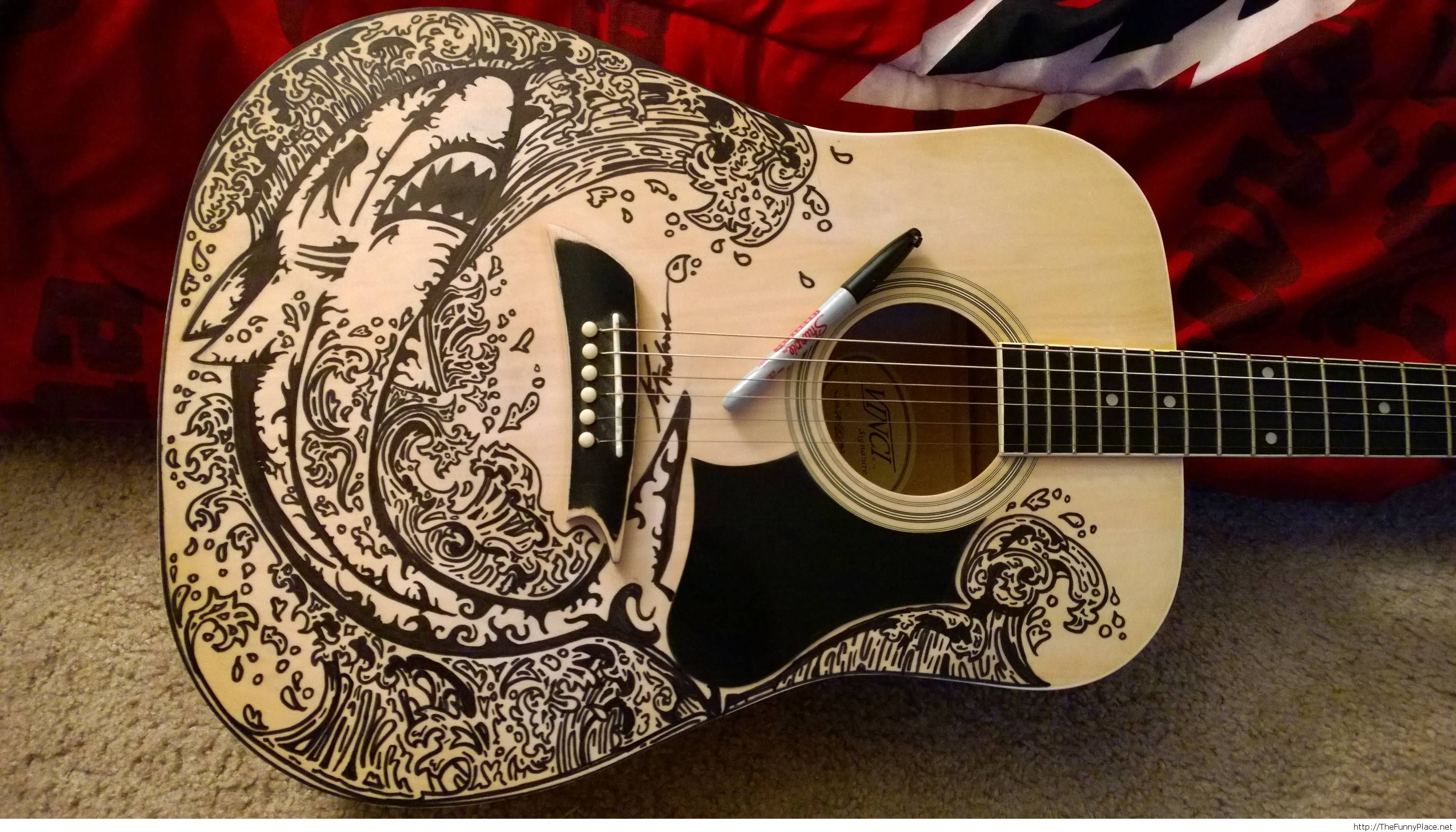 Cool drawing on guitar
