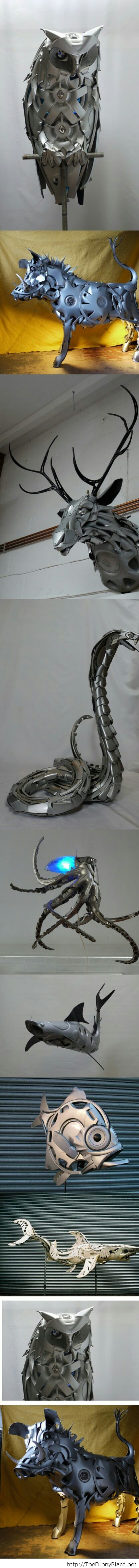 Sculptures made from car hubcapswheel