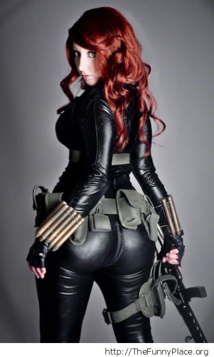 Black Widow cosplay is awesome
