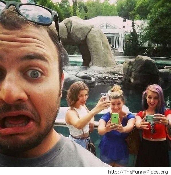 Troling Selfies