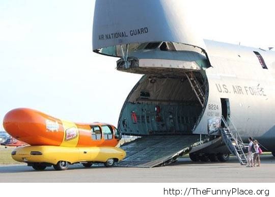 Hungry plane