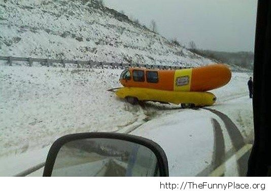 Hot-dog mobile had a bad day